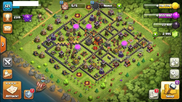 TH10 Level 121 King 22 Queen 24 Gems 2995