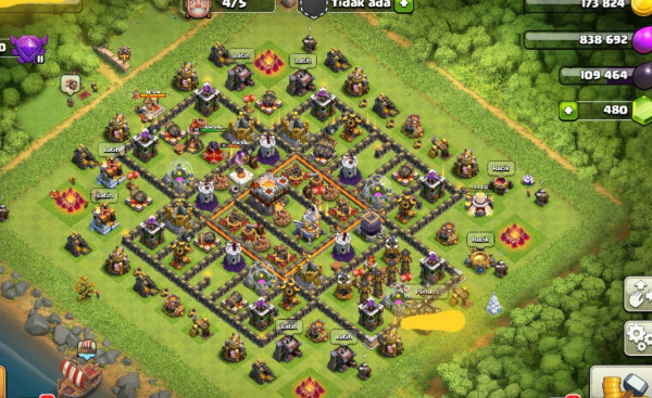 Town Hall 11, Defense max trop mantap